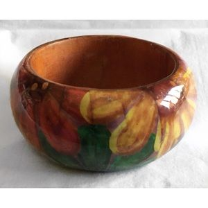 Vintage Jewelry - VINTAGE WOODEN WIDE FLORAL LACQUER BANGLE BRACELET